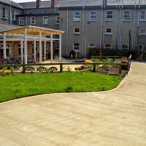 Dementia Friendly Garden Complete